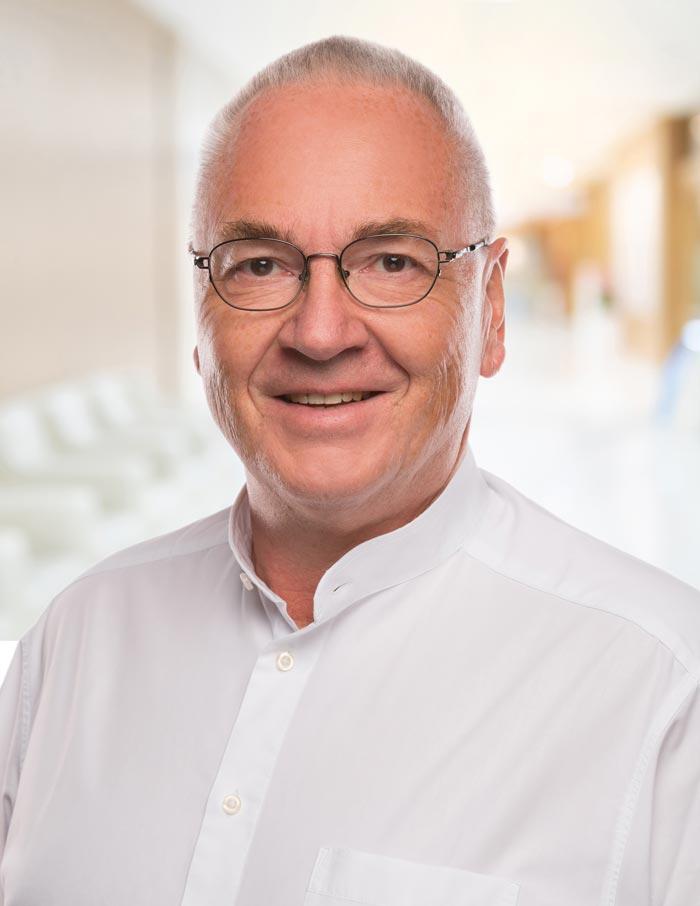 Dr. Manfred Weisweiler