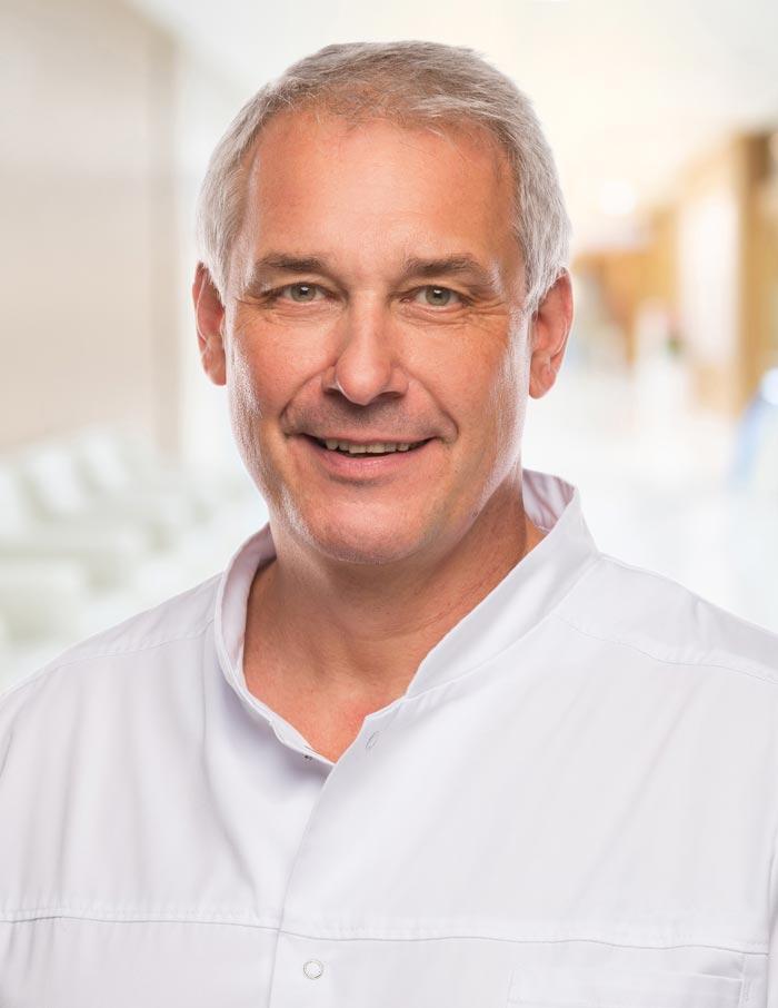 Dr. Michael Simons